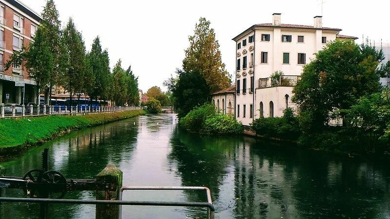 ヴェネツィア近隣の街トレヴィーゾに住む