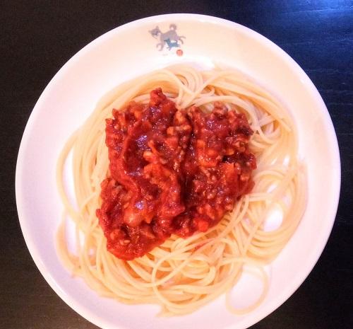 イタリア留学中の自炊メニュー、ミートソースのパスタ